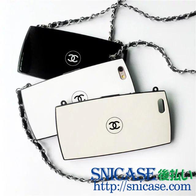 シャネル iPhone チェーン付きケース