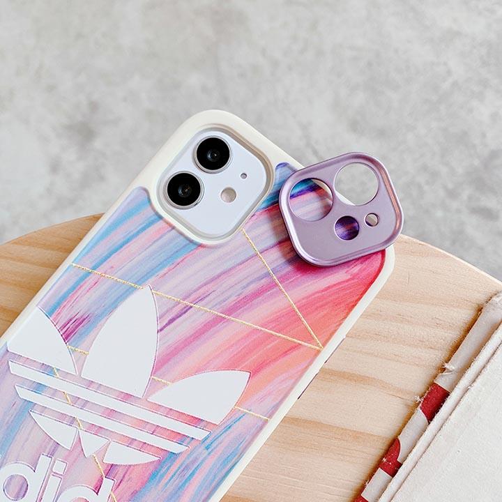 iPhone 11ブリティッシュスタイルAdidasスマホケース